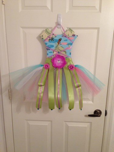Create Your Own Hanging TuTu Bow Holder with Removable/Wearable TuTu